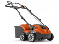 Husqvarna S 138i Accu Verticuteer machine